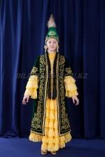 02108 Женский казахский национальный костюм