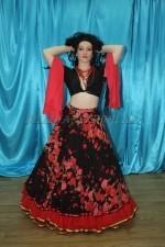 2276. Цыганский национальный костюм женский