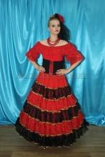 2301. Испанский костюм женский