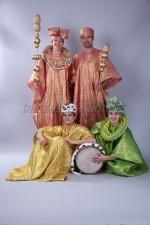 2207. Африканские национальные костюмы