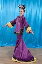 02443 Китайский женский национальный костюм