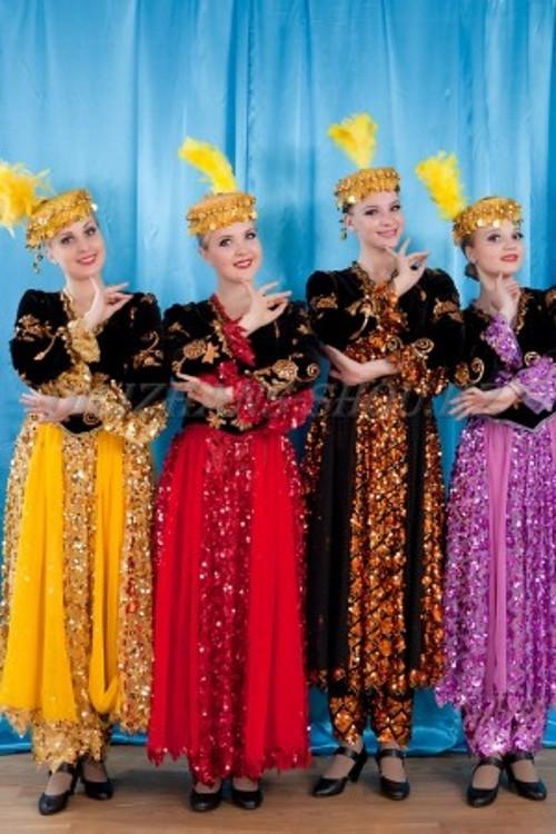 Таджикские национальные костюмы