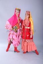 02318 Женские национальные татарские костюмы