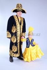 02117 Казахские национальные костюмы