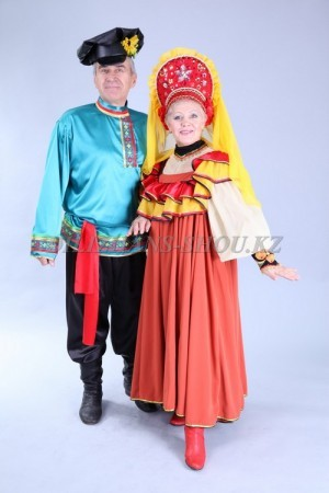 02181 Русские народные костюмы