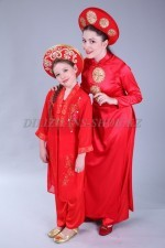 02481 Вьетнамские костюмы - мама и дочь