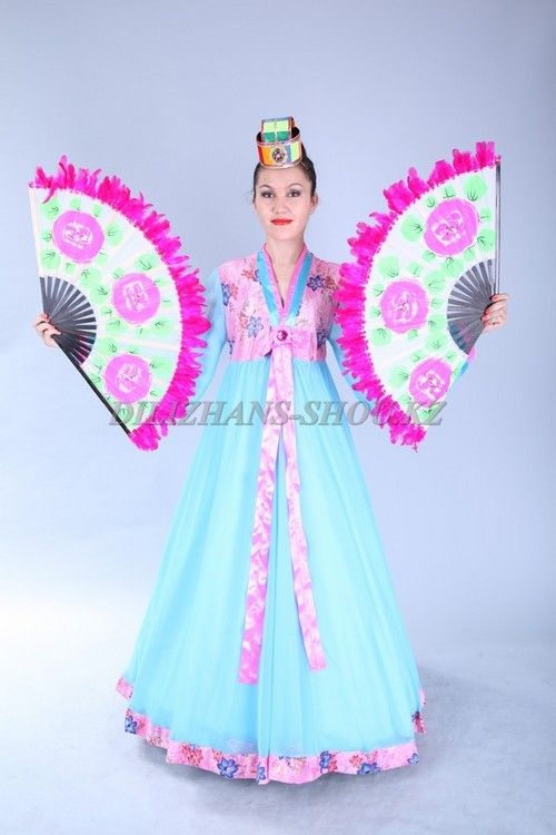Корейские  костюмы