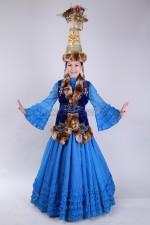 2044. Киргизский национальный костюм для девушки
