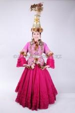 2040. Киргизский национальный костюм для девушки