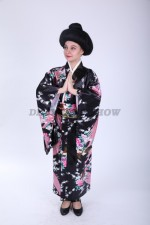 33642. Японское кимоно в темных тонах