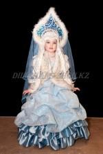 1146. Зимушка в парчовом платье