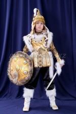 0041. Батыр в золоте с мехом