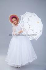 00203 Барышня с кружевным зонтом