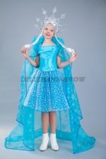 5028. Снежинка голубая подростковая в плаще