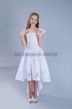 5090. Бальное платье из кружева со шлейфом