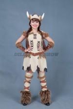 00252 Девочка викинг