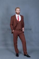 02014 Коричневый костюм тройка