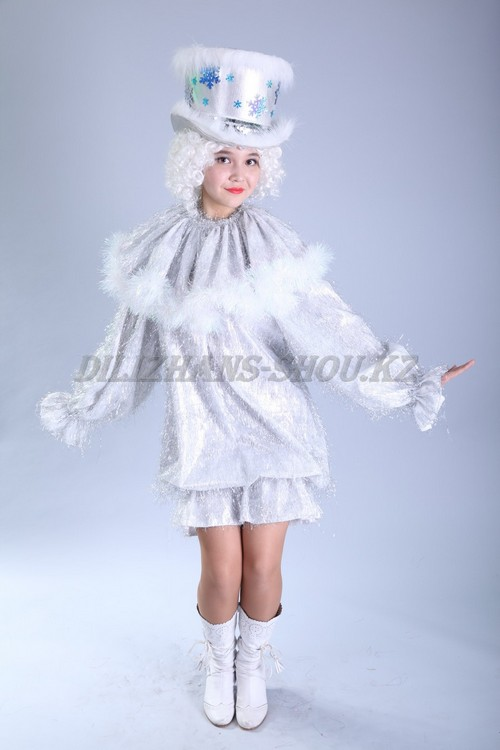 Детский костюм снеговичка