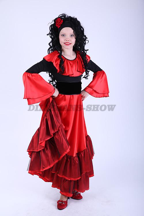 Нацанальное испанское платье