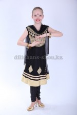 Индийский костюм «Дивия 13»