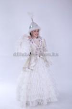 2023. Казахский национальный женский костюм