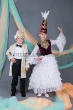 """00563 Казахские национальные костюмы """"Амир"""" и """"Ракима"""" 01"""