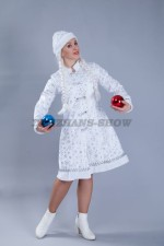 5134. Снегурочка белая с шарами