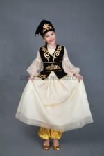 5301. Каиса. Татарский народный костюм.