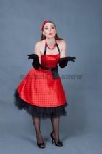 5808. Стиляга в красном платье