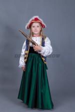 00403 Пиратка с мушкетом